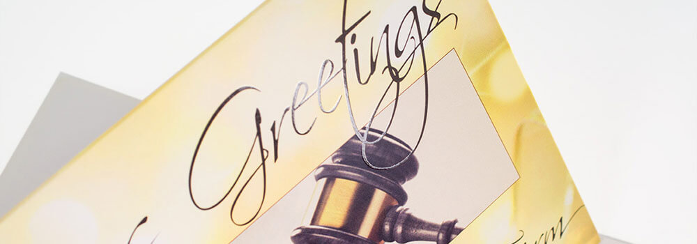 If you're thinking about holiday greeting cards, you're already ahead of the game! Planning to design a custom card or print cards with a personalized message? Right now is the perfect time to get started.