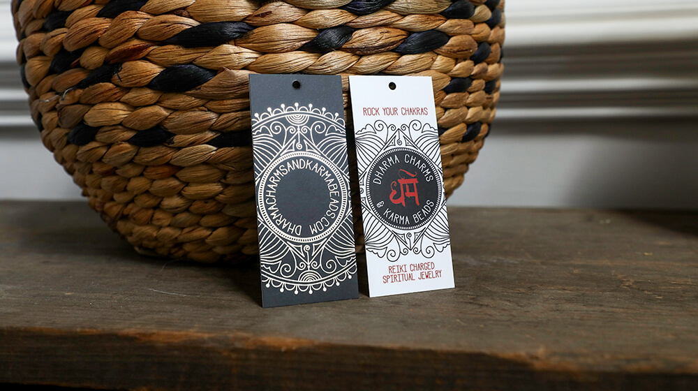 Custom hang tags is a creative way to give your product some pizzazz. From jewelry to clothing we can help!