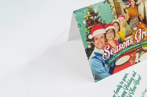Tips on how to send business holiday cards