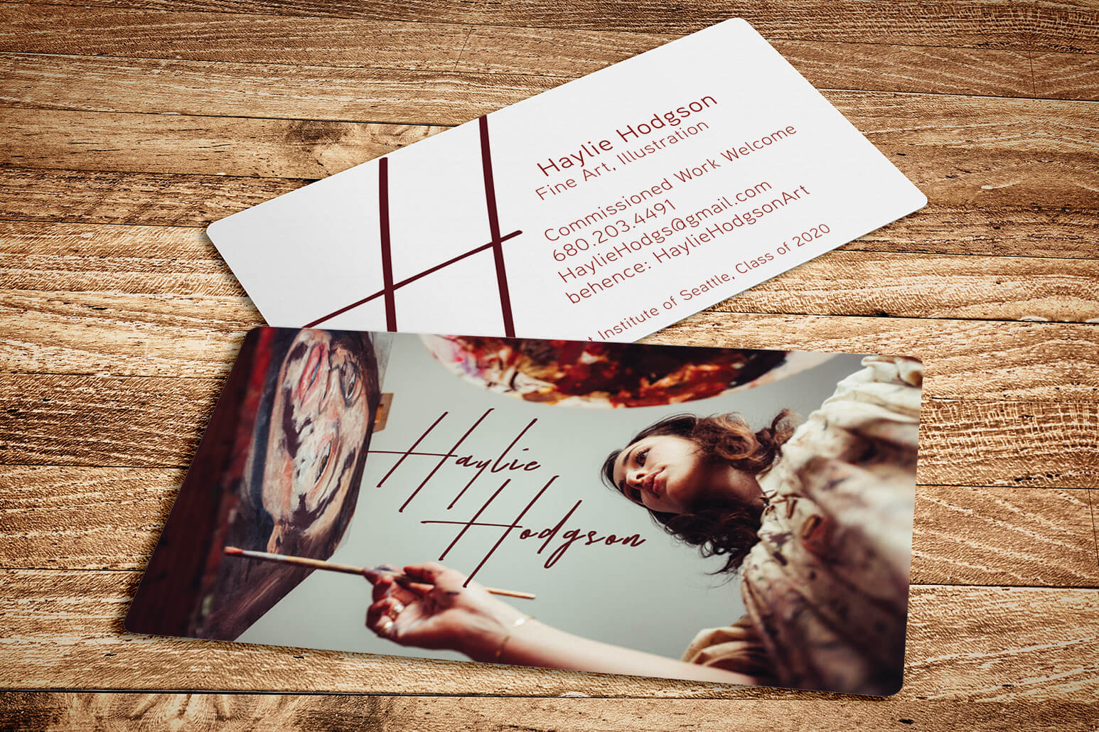 From artists to photographers, student business cards can be an effective marketing tool for recent graduates.