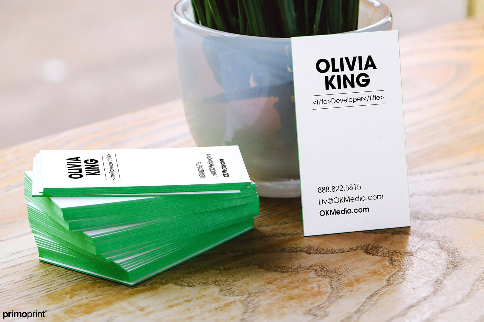 32PT super thick green painted edge business cards.